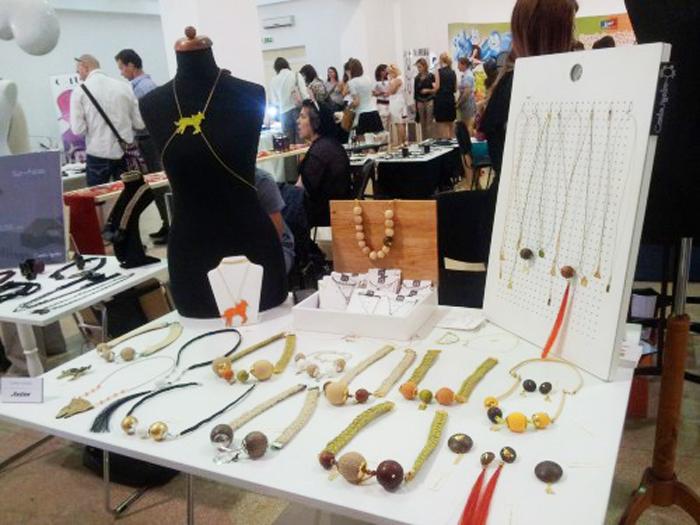 """București: Târgul de bijuterie contemporană """"Autor"""""""