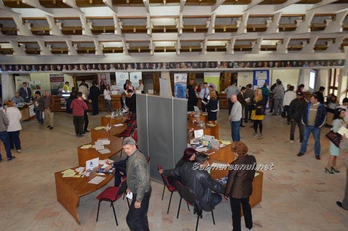 77 de persoane angajate pe loc la Bursa Generală a locurilor de muncă (Foto)
