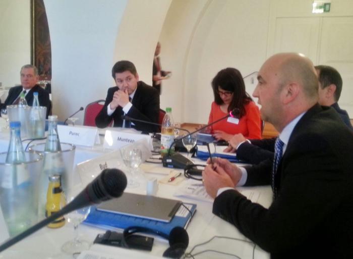 Radu Bud dezbate în Germania problemele șvabilor sătmăreni