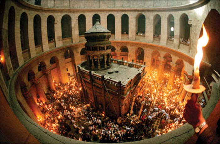 Lumina Sfântă ajunge sâmbătă la Satu Mare