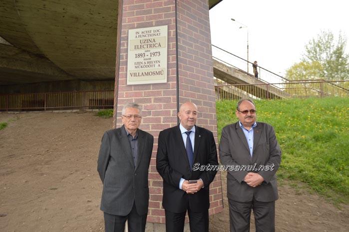 Plachetă comemorativă pe locul fostei Uzine Electrice a orașului Satu Mare