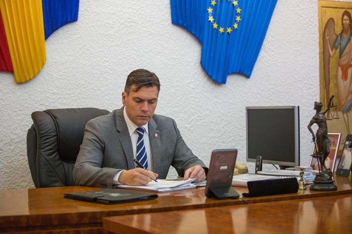 S-a semnat contractul de modernizare a drumului Tășnad-Mădăras