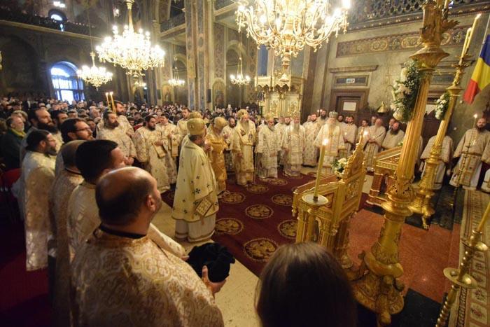 Preoții pot candida ca independenți pentru consilii