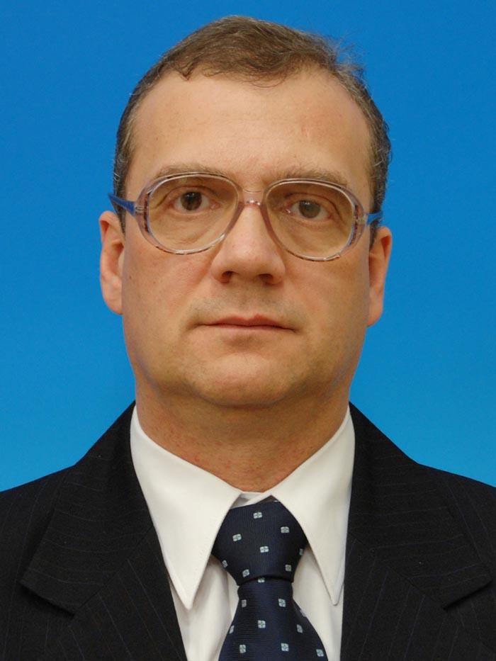 Varga Attila a depus jurământul de judecător la Curtea Constituțională