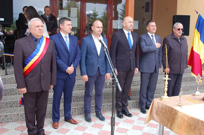 Primăria Vetiş s-a mutat în casă nouă (Foto)
