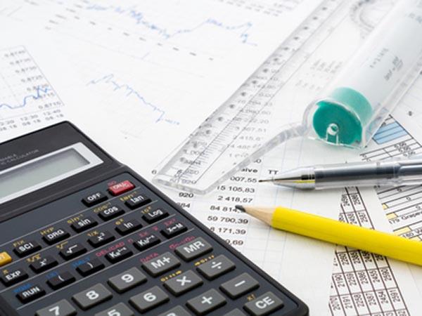 Contribuabilii trebuie să declare veniturile obţinute în străinătate până la 25 mai