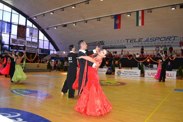 """Loga Dance School, locul 6, la Cupa """"Laszlovill"""" (Foto)"""