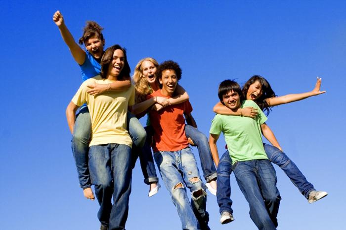 S-a modificat perioada de depunere a proiectelor pentru tineret