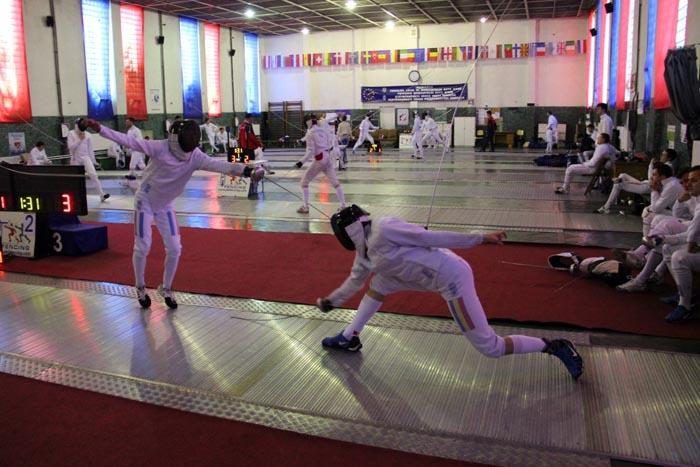Începe Campionatul Național de spadă seniori masculin