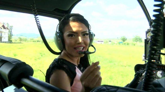 Andreea Mantea a ajuns cu elicopterul la o nuntă în Racşa