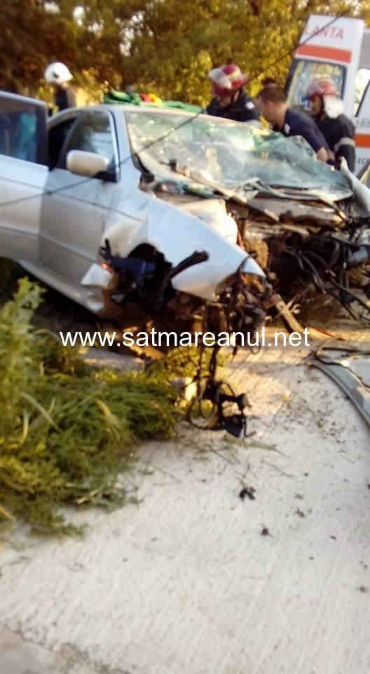 Accident grav la Tășnad (foto)