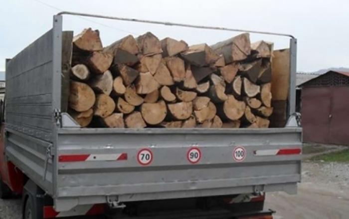 Amendat și lăsat fără lemne