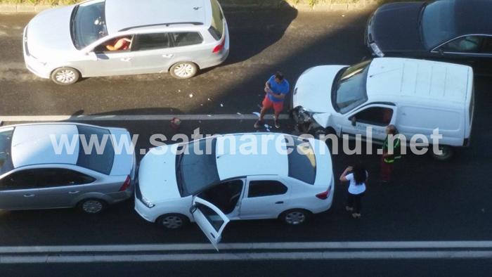 Accident lângă Billa (Foto&video)