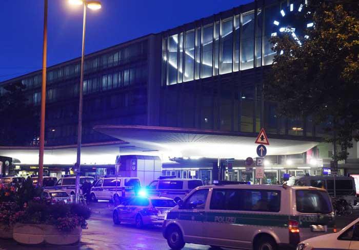 Atac armat în Munchen: Nouă persoane ucise, alte 21 de rănite