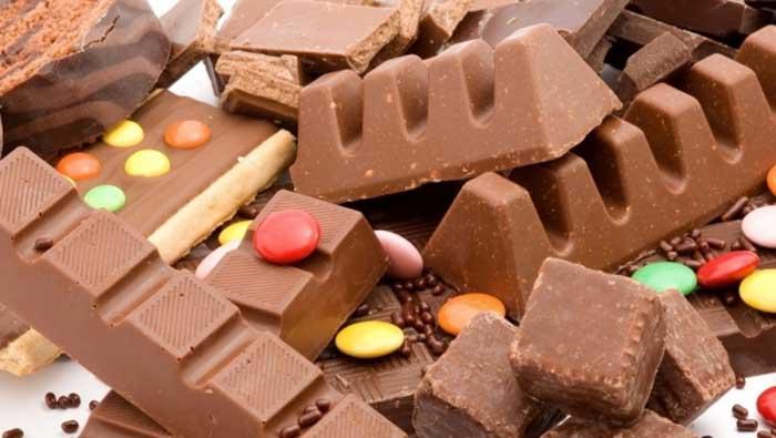 Câtă ciocolată au mâncat românii în 2015