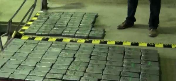 Două tone și jumătate de cocaină, descoperite în Portul Constanța