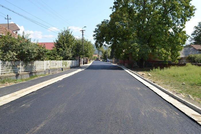 Lucrări de modernizare pe strada Vâltori din Negrești-Oaș