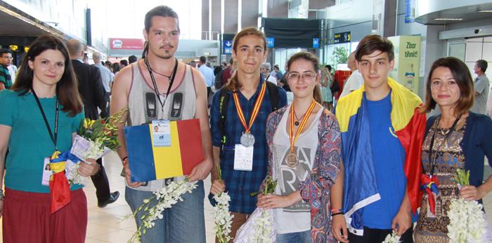 România a câștigat două medalii la Olimpiada Internaţională de Lingvistică