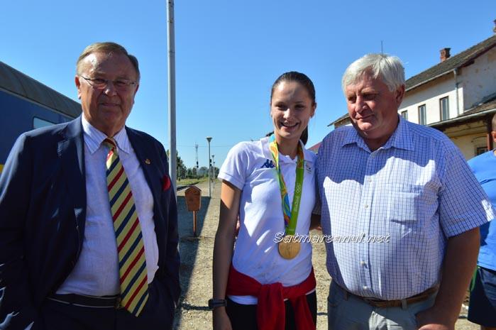 Campioana olimpică Simona Pop a ajuns acasă la Satu Mare (foto&video)