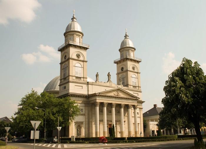 Proiect pentru reabilitarea Catedralei Romano-Catolice din Satu Mare