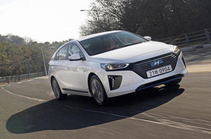Cum arată noul Hyundai Ioniq (Foto)