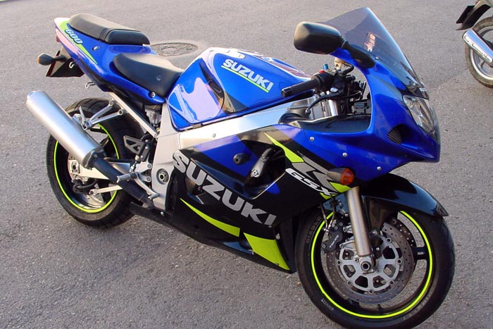 Motocicletă furată din Italia, găsită într-un TIR
