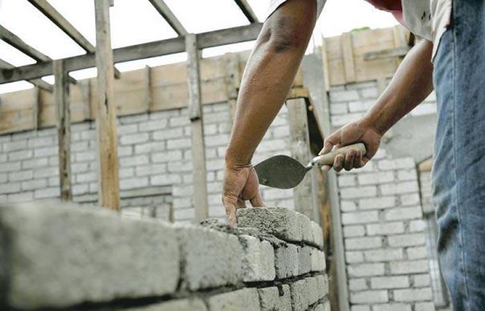 Amenzi pentru munca la negru în construcții