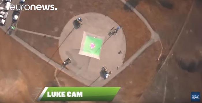 Record mondial stabilit de un parașutist american (Video)