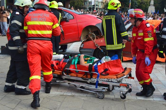 Accident cu doi răniți lângă Muzeul Județean (exercițiu)