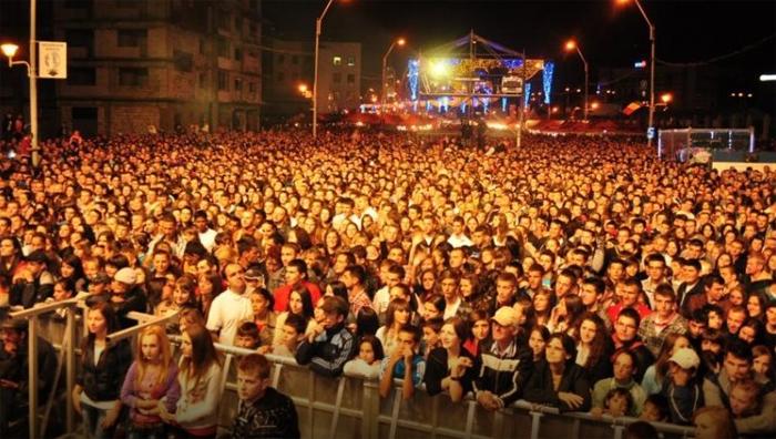 Vezi ce trupe vor concerta la Sărbătoarea Castanelor din Baia Mare