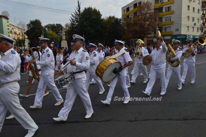 """Paradă militară cu ocazia """"Zilei Pompierilor din România"""" (Foto&video)"""