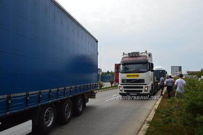 Transportatorii din Satu Mare protestează față de scumpirea RCA (Video)