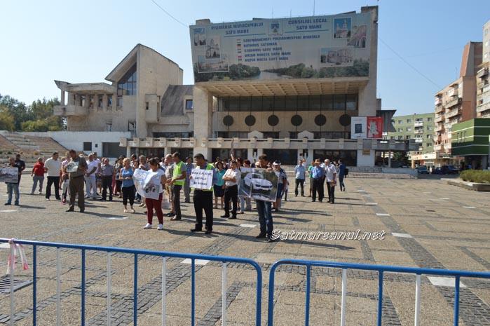 Săturați de promisiuni, codrenii au protestat în Centrul Nou (Foto&video)