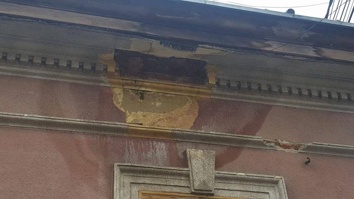 Încă o clădire a ajuns pericol public în Satu Mare (Foto)