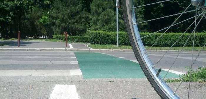 Ești biciclist ? Cum să te ferești de accidente