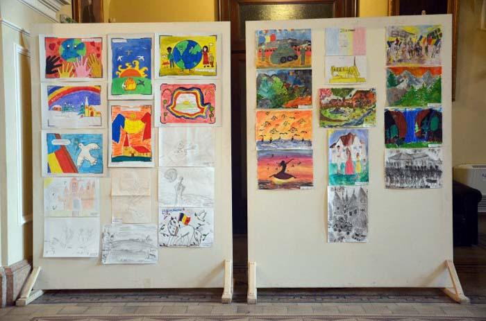 Concurs de poezie și desen la Carei