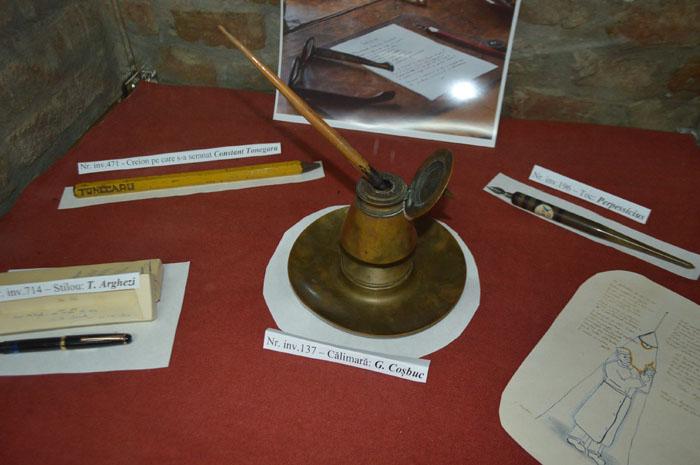 Stiloul lui Arghezi și călimara lui Coșbuc, expuse la Satu Mare. Unde pot fi văzute (Foto)