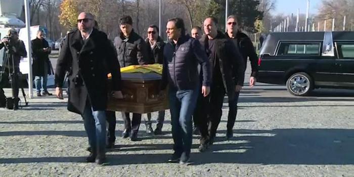 Trupul neînsuflețit al lui Daniel Prodan a fost depus la Arena Națională