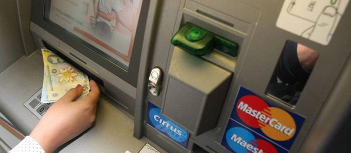 Sătmăreni, implicați în mafia furturilor din bancomate. Acționau în Franța, Belgia și SUA