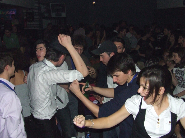 Discotecile și cluburile, pericol public. Ce spun pompierii