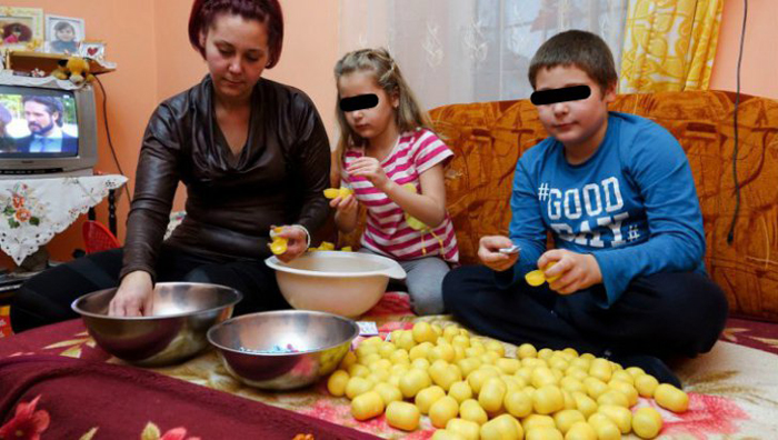 """O familie din Carei, vizată de un reportaj """"The Sun"""". Vezi detalii"""