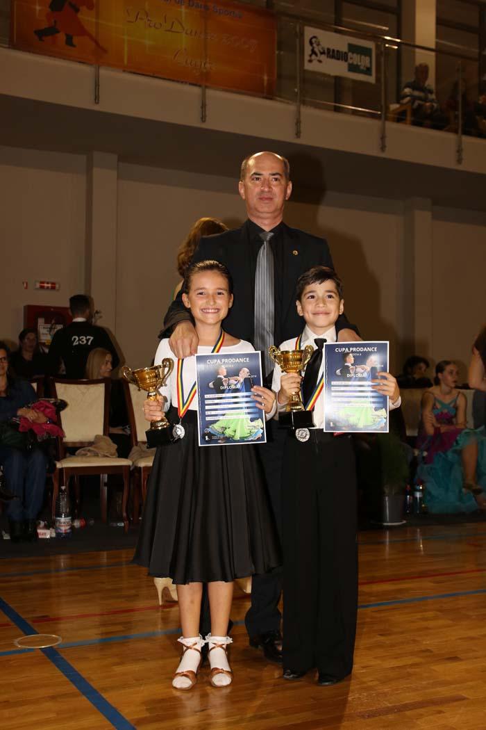 """Medalie de argint pentru Royal Dance Club la """"Cupa Prodance"""" (Foto)"""