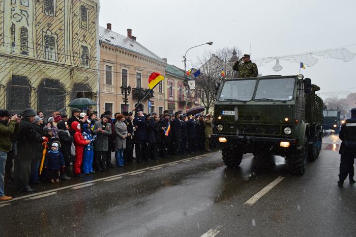 Paradă militară, în centrul municipiului Satu Mare (Foto&video)