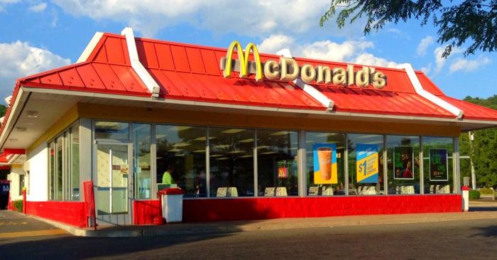 Se pregătește terenul pentru Mc Donald's