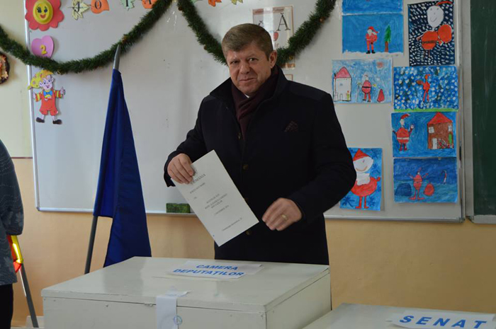 Deputatul Octavian Petric a votat pentru o Românie în care tinerii să se poată întoarce acasă