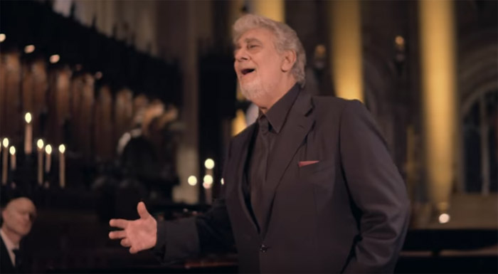 """Ascultă """"Silent Night"""" în interpretarea tenorului Placido Domingo (Video)"""