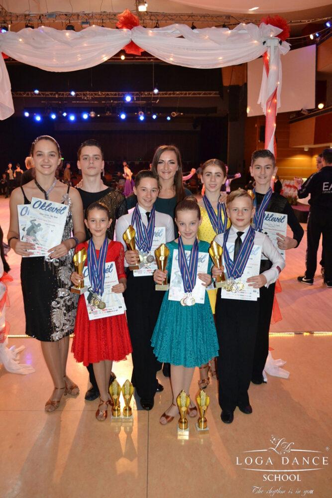 Loga Dance School a câștigat 21 de medalii la competițiile din week-end (Foto)