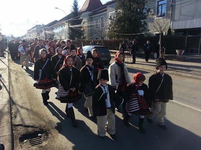 Festivalul de Datini și Obiceiuri de Iarnă, în a doua zi de Crăciun la Negrești-Oaș