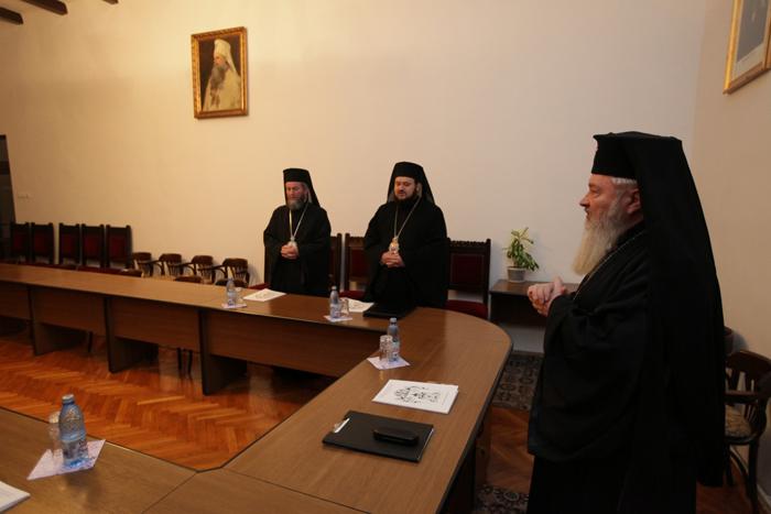 Cine va fi noul episcop al Maramureșului și Sătmarului ? Doi preoți, în cursa finală