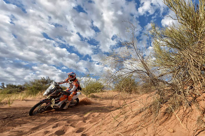 Mani Gyenes a terminat în TOP 20 Raliul Dakar 2017